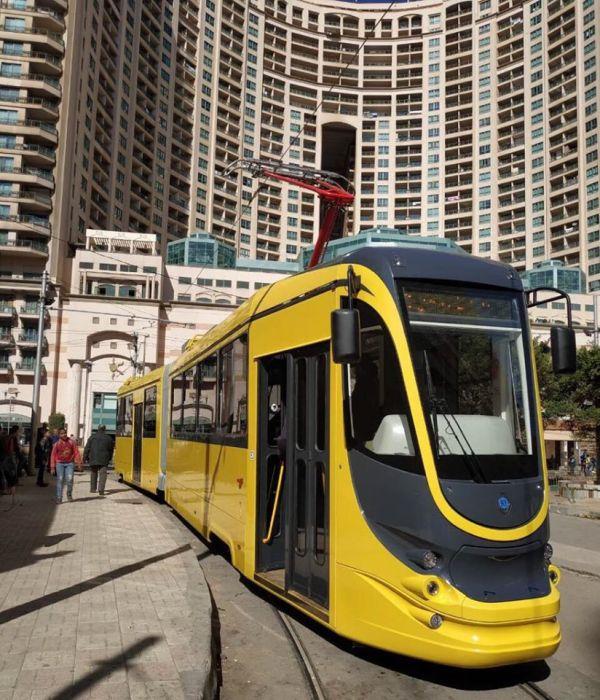 """Еще 2 трамвая из Днепра готовятся к """"путешествию"""" в Египет (Фото). Новости Днепра"""