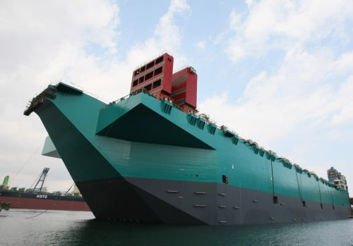 Petronas-FLNG-hull-launched-in-South-Korea