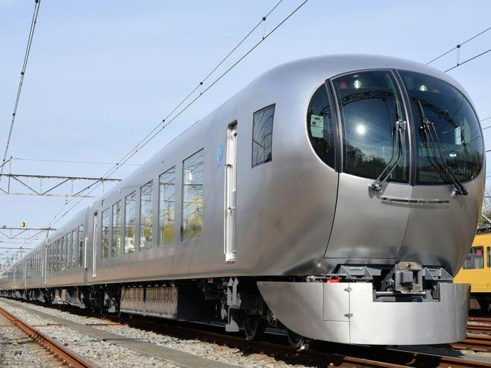 В Японии футуристический поезд будет обслуживать пригород (фото)