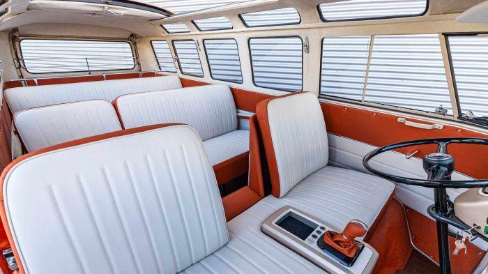 volkswagen-e-bulli-interior-hevcars-2