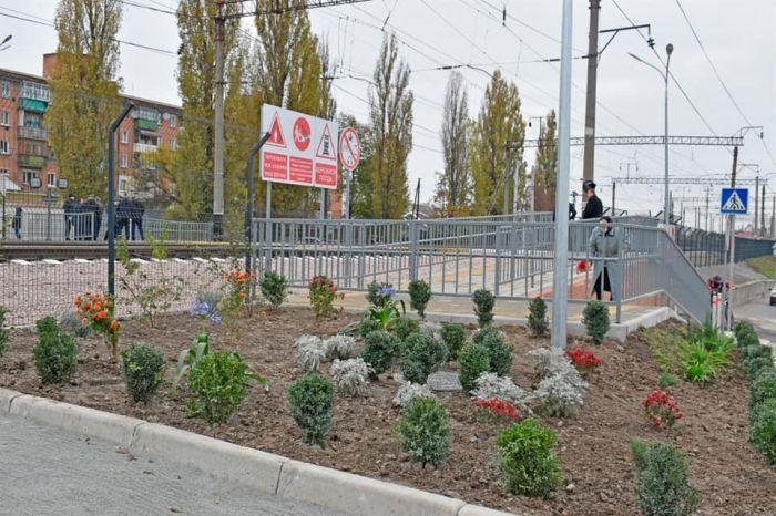 На станции Жмеринка открыли лабиринтный переход через ж/д пути с LED-освещением и видеокамерами (фото), фото-6