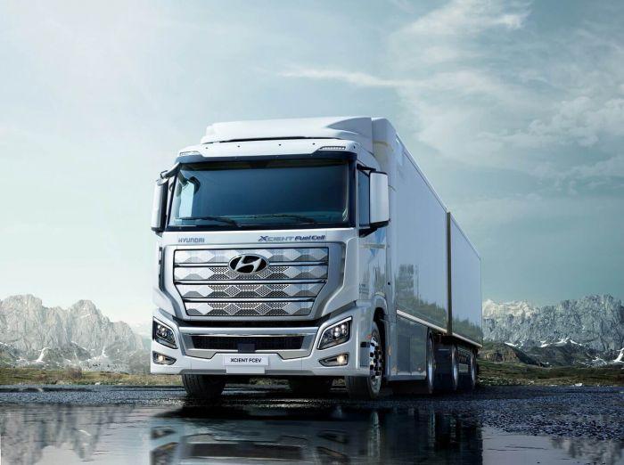 brand-hyundai-xcient-fuel-cell-heavy-duty-truck-hevcars-5