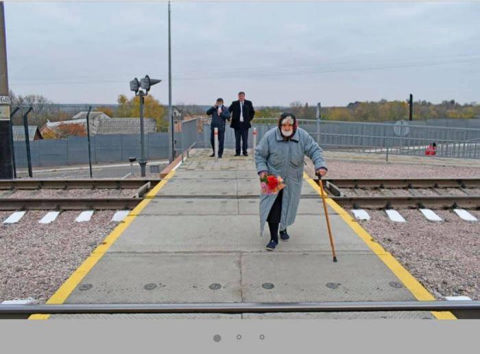 На станции Жмеринка открыли лабиринтный переход через ж/д пути с LED-освещением и видеокамерами (фото), фото-2