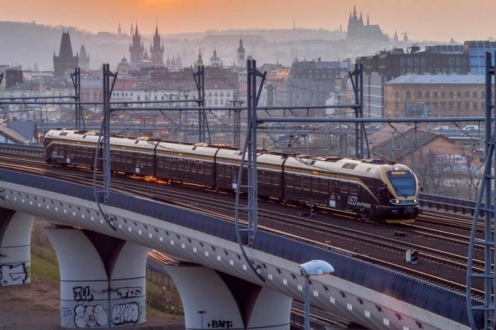Прага в июне 2020: погода, шоппинг и распродажи ᐉ Прага Лайф | 466x700