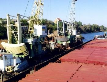 В порту под Новой Каховкой построят склад для перевалки удобрений