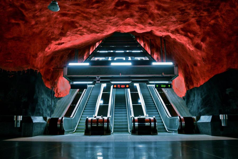 меня станции метро стокгольма фото шизофрения женщин принимает