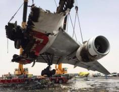 Печальное зрелище: что осталось от Boeing 777, сгоревшего в Дубайском аэропорту