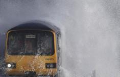 Водные процедуры: Когда железная дорога соседствует с морем
